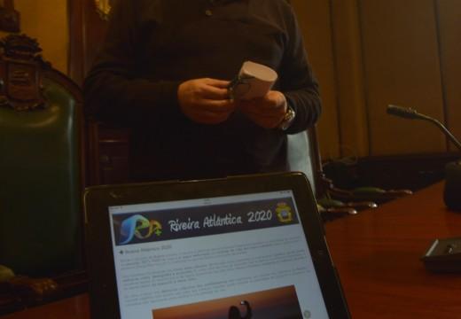 Un cento de organizacións do concello, convocadas a unha xornada de traballo para definir o proxecto + Riveira Atlántica