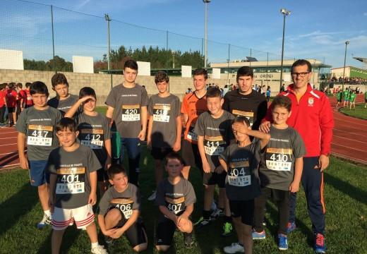 Os atletas do Concello de Frades conseguen vinte medallas na I Liga de Atletismo da Mancomunidade de Ordes