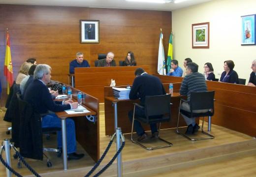 O pleno de Oroso aproba por unanimidade máis de 600.000 euros en investimentos