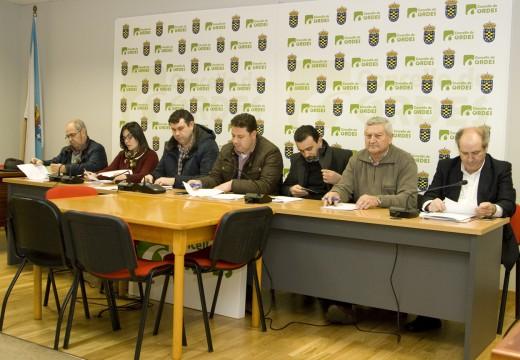 A Mancomunidade de Ordes mostra o seu apoio unánime aos traballadores de Transportes Pellejero e Hijos S.L.