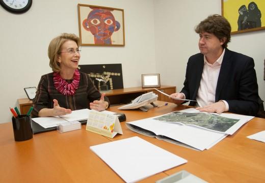 A Xunta e o concello de Arteixo constatan os avances da súa colaboración co recoñecemento do Asentamento Industrial de Suevos