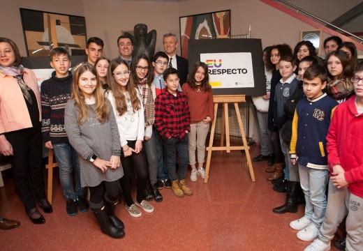 """A Xunta presenta a campaña """"Eu respecto"""" de sensibilización escolar para a non discriminación por orientación sexual"""