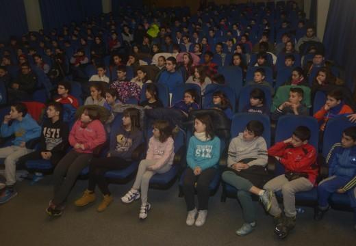 Máis de 250 alumnos no Auditorio coa celebración do Día de Rosalía de Castro