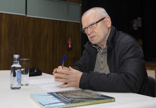 O exprofesor da UAC Ramón Yáñez reivindica en Naraío o futuro do sector naval