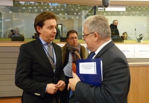A Xunta solicita ante o Comité das Rexións que se avance nunha nova regulación dos mercados lácteos
