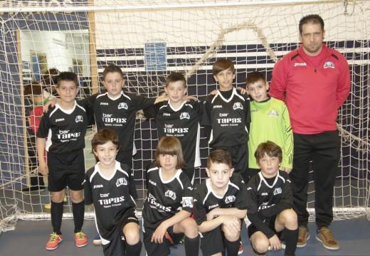 Os benxamíns do Oroso Futsal proclámanse campións da Liga de Fútbol Sala de Santiago