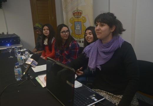 Presentados tres spots sobre igualdade de xénero creados por alumnos do colexio Bayón e os institutos Número 1 e Leliadoura