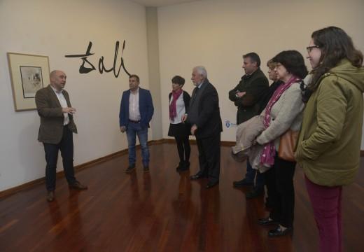 A colección ao completo dos Caprichos de Goya de Dalí exhíbese no Museo de Artes
