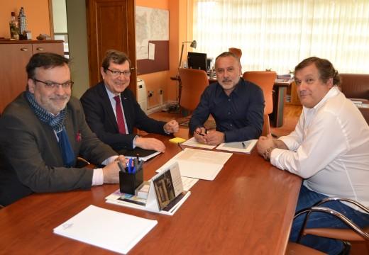 O alcalde de Cambre reúnese cos Asociación Galega de Familias Numerosas