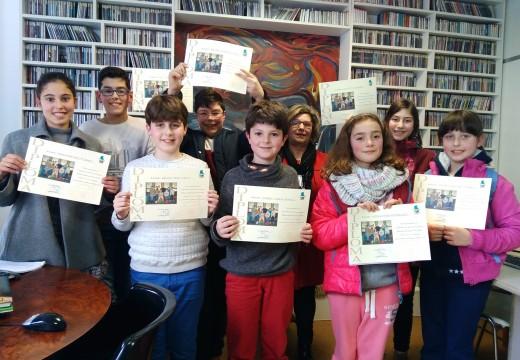 Entrega de diplomas do II Taller de Radio da Biblioteca Municipal de Fene