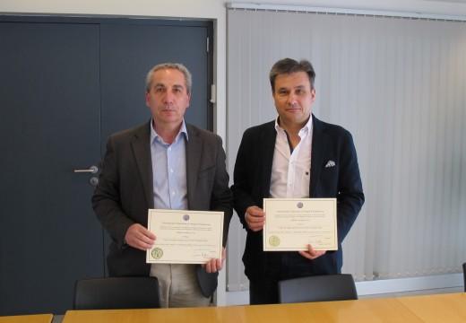 Dous enxeñeiros do Servizo Galego de Saúde premiados por un artigo sobre a Implantación da Biomasa como fonte de enerxía renovable dentro do Plan de Eficiencia Enerxética deste organismo