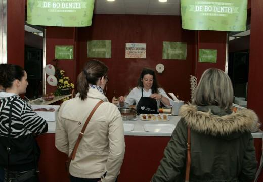 A Praza de Abastos de Ordes acolle un showcooking como parte da campaña 'Quere o teu mercado'