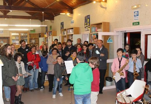 Teatro, títeres, recitais de poesía, música e charlas-coloquio conforman o Programa das Letras Galegas do Concello de Brión