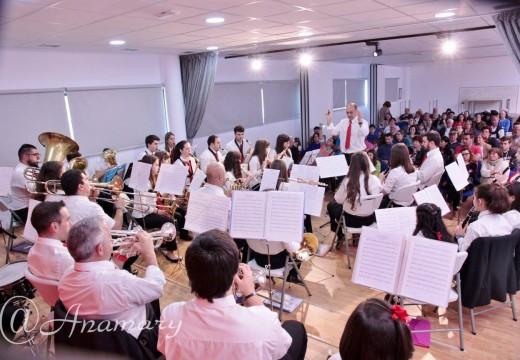 Concerto da Banda Isabel II de Touro para celebrar o Día das Letras Galegas