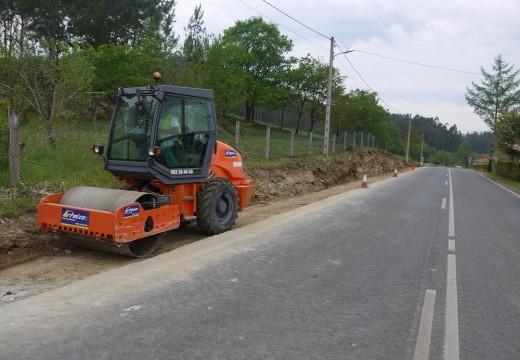 Avanzan as obras para a construcción da senda peonil entre Fonte Díaz e o empalme de Vilar, no Concello de Touro