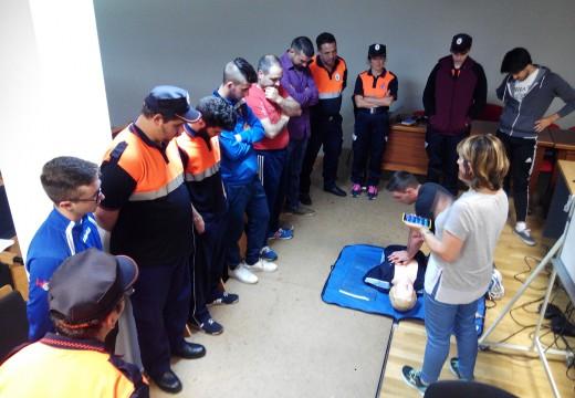15 novos voluntarios e voluntarias participan no curso básico de Protección Civil impartido en Ordes