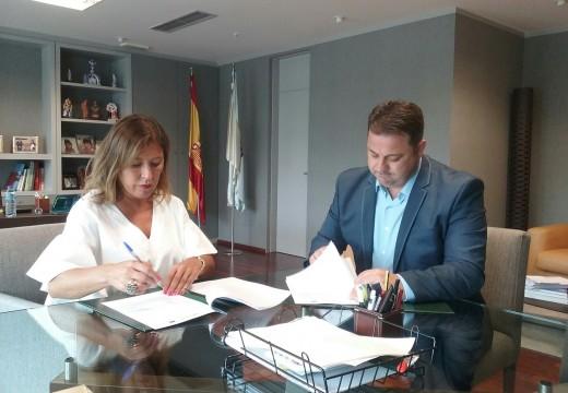 Medio Ambiente destinará 800.000 euros a dotar dunha nova rede de abastecemento ás parroquias de Moar e Añá, en Frades
