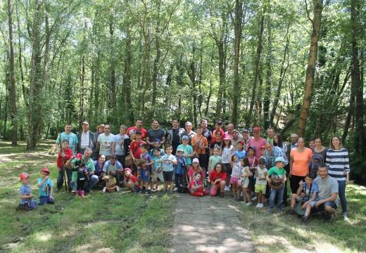 O XIII campionato municipal de pesca infantil do Concello de Frades duplica a súa participación
