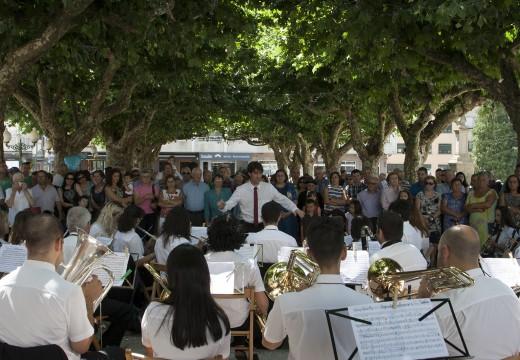 O Concello de Ordes adícalle a última xornada das festas patronais aos seus emigrantes