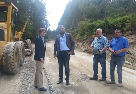 A Xunta inviste  preto de 632.000 euros nas obras de mellora do Camiño Real, no concello de Oza-Cesuras, que estarán rematadas en outubro