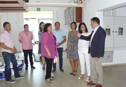 O CPI Cernadas de Castro recibiu este verán un investimento próximo aos 80.000 euros