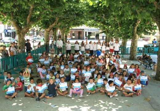 Festa por todo o alto na Alameda de Ordes para os nenos e nenas das actividades de conciliación