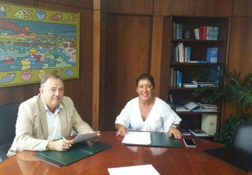 Asinado o convenio entre Medio Ambiente e a Laracha para a mellora da accesibilidade peonil e reordenación viaria das rúas do entorno do Centro de Saúde