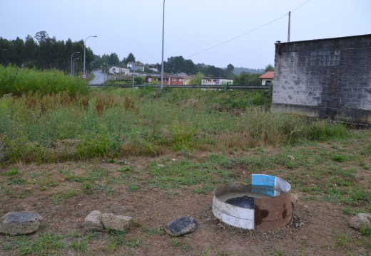 O Concello realiza unha actuación en Cela para evitar as filtracións na rede de saneamento en época de choivas