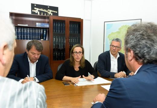 A conselleira de Infraestruturas analiza  coa Federación Galega de Taxistas as alegacións do sector ao Plan de mellora de acceso dos autobuses ao centro da Coruña