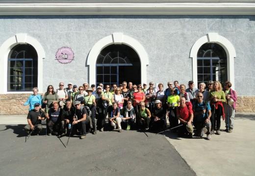 Os Cen Pés de Vilagarcía iniciaron a súa temporada 2016-7 cunha ruta de sendeirismo por Lousame que congregou a 52 persoas