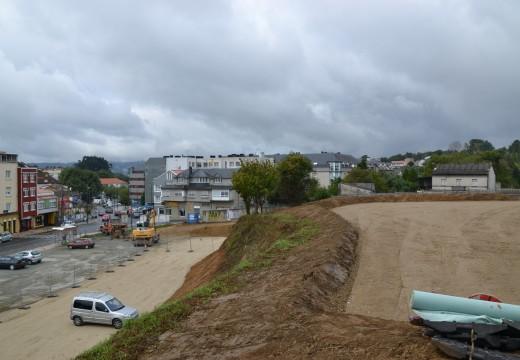O novo aparcadoiro do centro de Cambre aumenta as súas prazas e poderá albergar a case 150 vehículos
