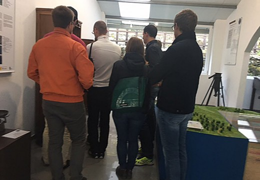 Alumnos e mestres da Montanuniversität de Leoben (Austria) visitan as minas de San Finx