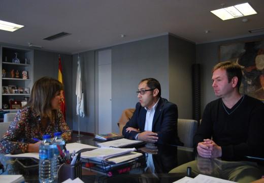 Mato reúnese co alcalde de Sada para analizar as necesidades e demandas do concello en materia de augas
