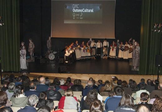 A Gala da Irmandade enche o auditorio de Ordes