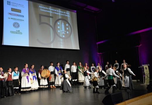 Ordes vólcase para conmemorar o 50 aniversario da Asociación Provincial de Amas de Casa, Consumidores e Usuarios da Coruña