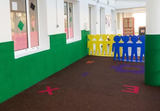 O Concello de San Sadurniño inviste algo máis de 22.000 euros na mellora do equipamento da escola infantil municipal