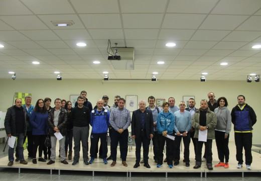 O Concello de Oroso asina convenios de colaboración con todas as entidades deportivas do municipio