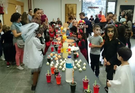 Máis de medio cento de rapaces e rapazas participaron na Festa de Samaín de Oroso