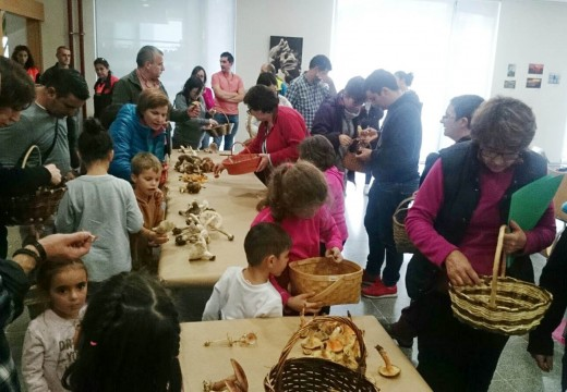 Máis de medio cento de veciños e veciñas participaron nas V Xornadas Micolóxicas do Concello de Oroso