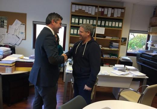 O delegado territorial da Xunta realiza unha visita institucional ao concello de Boqueixón