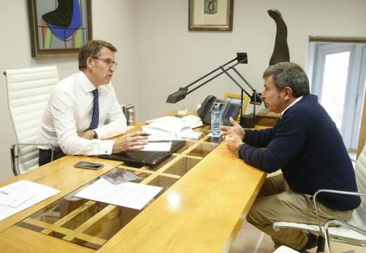 O alcalde analiza co presidente da Xunta as necesidades do saneamento integral do concello e o Novo Riveira Atlántica