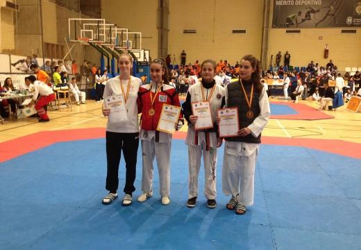 O Concello de Oroso felicita á orosá Sara Gacio Cendal, medalla de bronce no Campionato de España de taekwondo