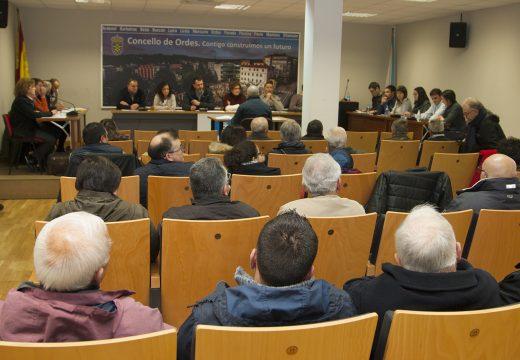 O Pleno de Ordes aproba por unanimidade medidas contra os cortes da subministración eléctrica