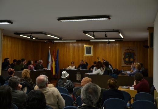O pleno de Cambre aproba o cambio de uso da Casa Arrigada e as bases do Cambre Emprende