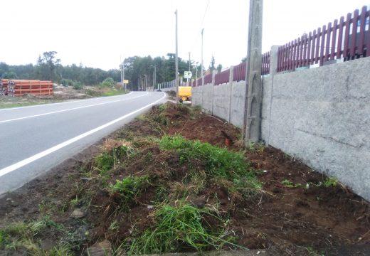 Principia unha actuación para mellorar a seguridade viaria a través de 256 metros de beirarrúa na zona escolar do IES Leliadoura
