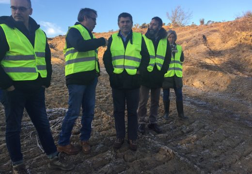 Comezan as obras da rede de camiños da concentración parcelaria de San Vicenzo de Curtis, no concello de Vilasantar, nas que a Xunta inviste máis de 1,5 millóns de euros