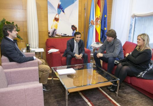 O conselleiro de Política Social e o alcalde de Arteixo estudan vías de colaboración para enriquecer a carteira de servizos sociais no municipio