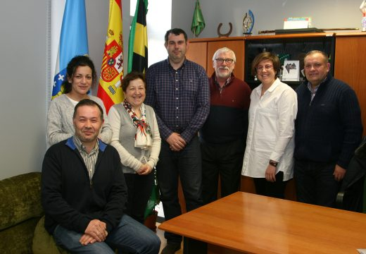 Xuntanza de traballo entre o Concello de Ordes e a asociación Isabel Zendal