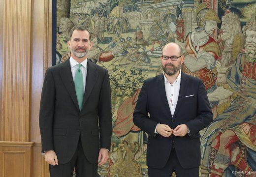 Felipe VI amósase receptivo á convocatoria do Real Padroado de Santiago antes de que acabe o ano