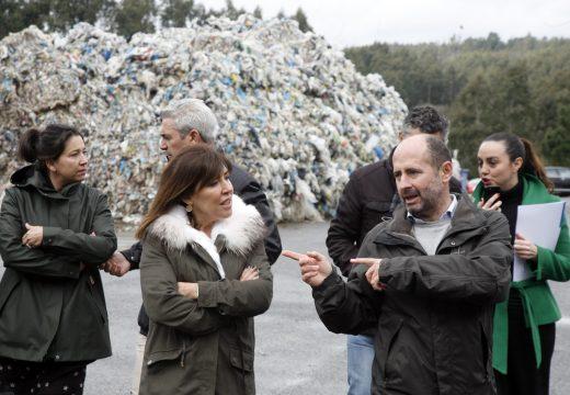Medio Ambiente inicia o programa de recollida de plásticos agrícolas co que se prevé retirar tres toneladas en 2017 nos 86 concellos adheridos a esta iniciativa